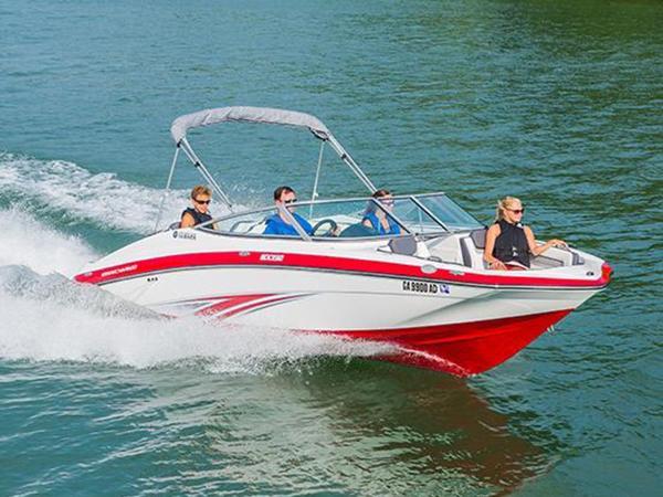 Yamaha Boats 242 Limited E-Series