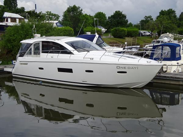 Sealine S450