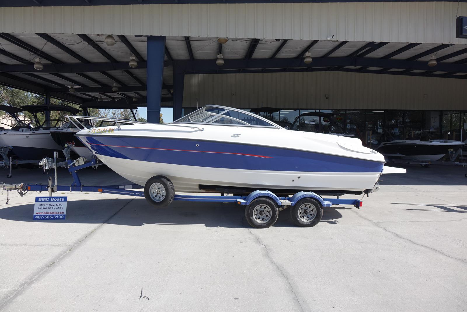Bayliner International 212