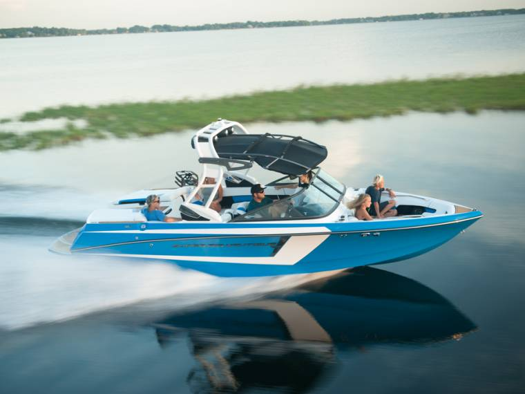 Correct Craft CORRECT CRAFT SUPER AIR NAUTIQUE 230