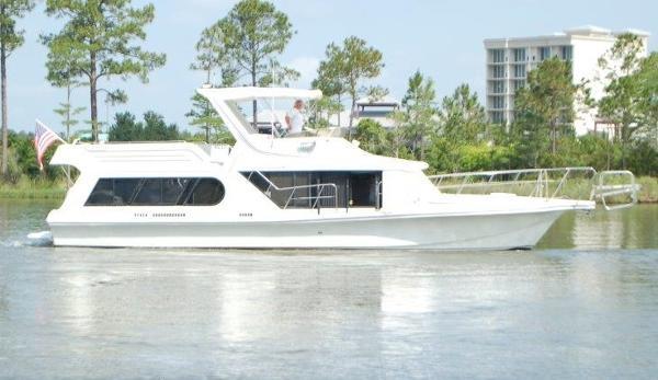 Bluewater 48 Coastal Cruiser Profile