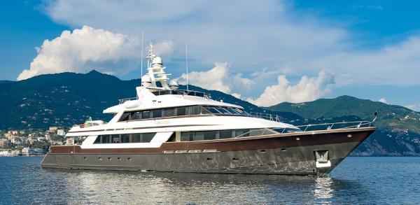 Lloyd's Ship Custom Aluminium Yacht