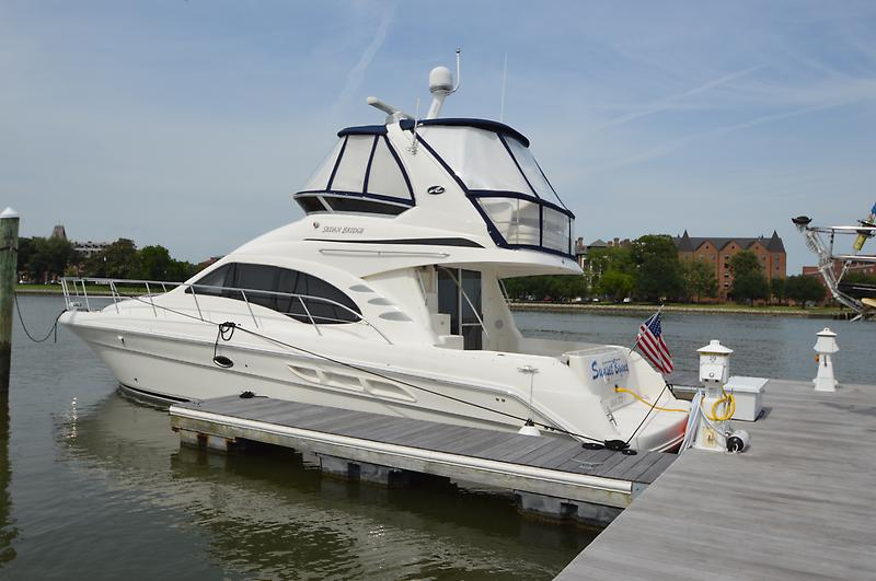 Sea Ray 44 Sedan Bridge 2007 Sea Ray 44 Sedan Bridge, port stern in the slip