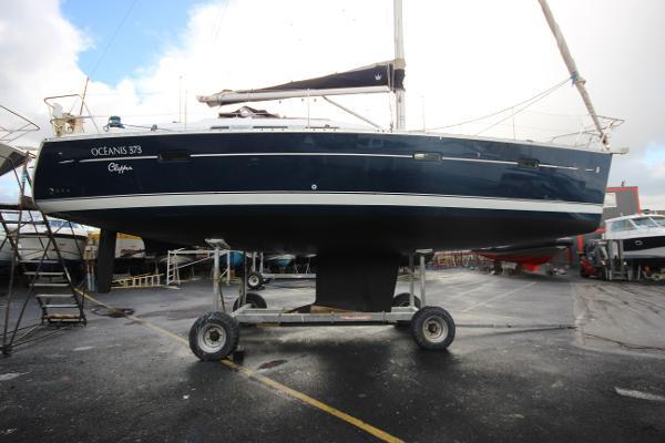 Beneteau Oceanis Clipper 373 Beneteau Oceanis Clipper 373
