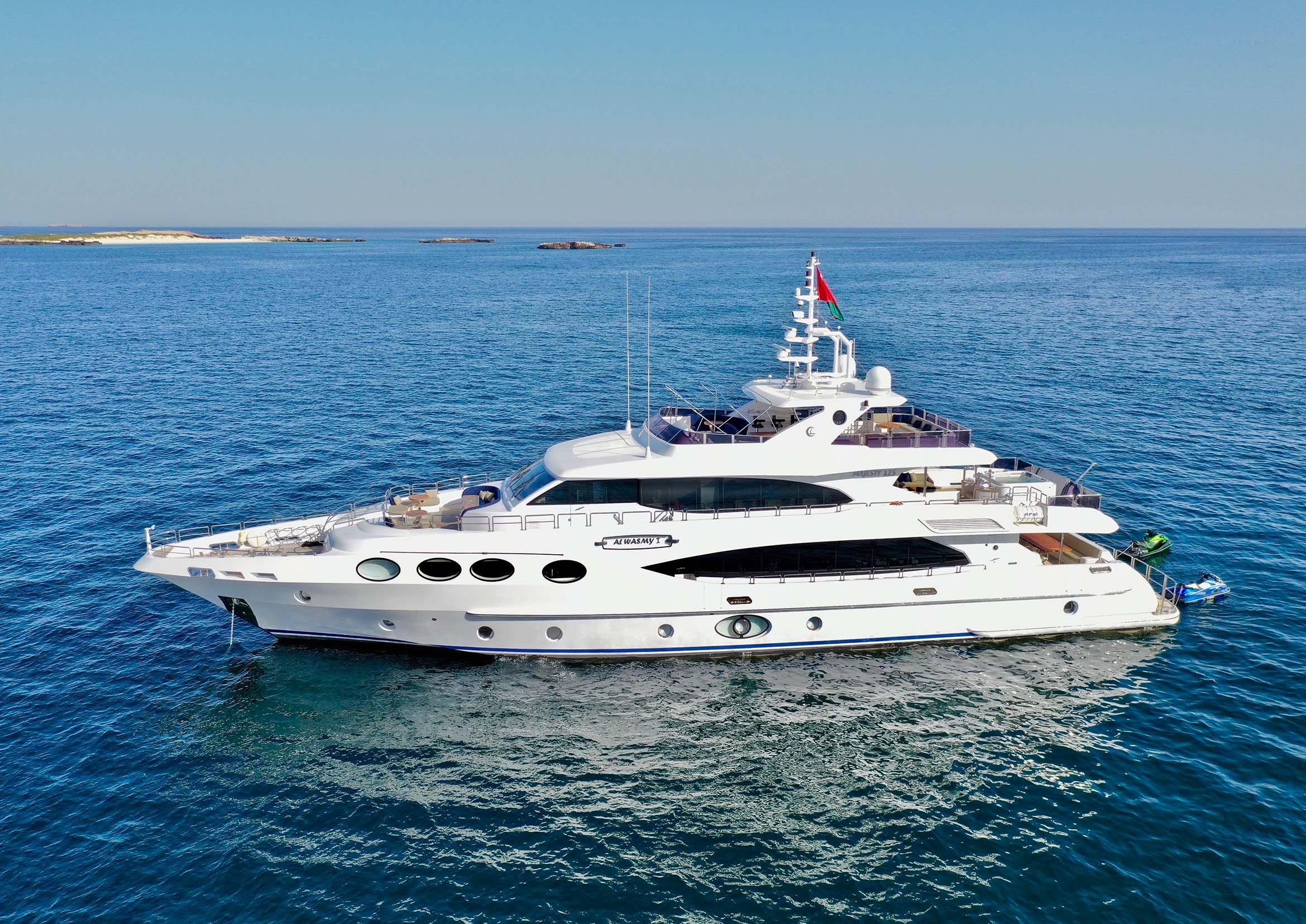 Piastre A Induzione Costi 2012 gulf craft majesty 125, muscat oman - boats
