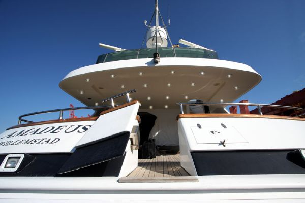 Dragos Motor Yacht Fast Amadeus