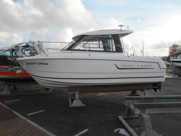 Jeanneau Merry Fisher 645 Ashore