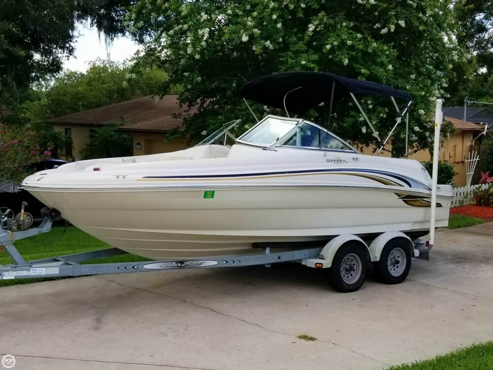 Sea Ray 190 Sundeck 2000 Sea Ray 19 for sale in Brandon, FL