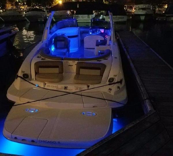 Sea Ray SLX 300