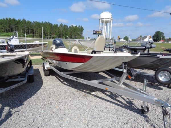 Xpress Boats Xplorer Catfish Series XP200