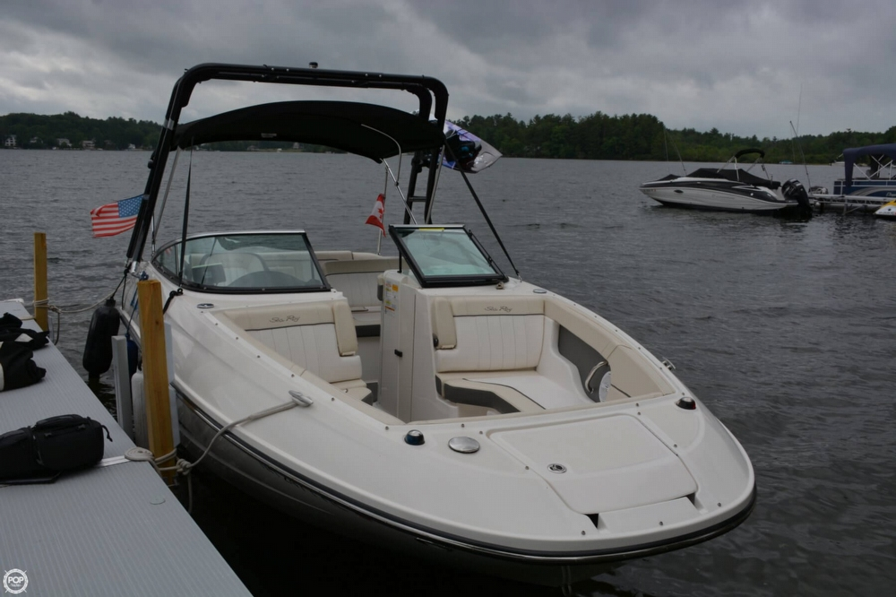 Sea Ray 240 Sundancer 2013 Sea Ray 240 SD for sale in Belmont, NH