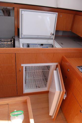 Sense 50's Front loading refrigerator(sistership)