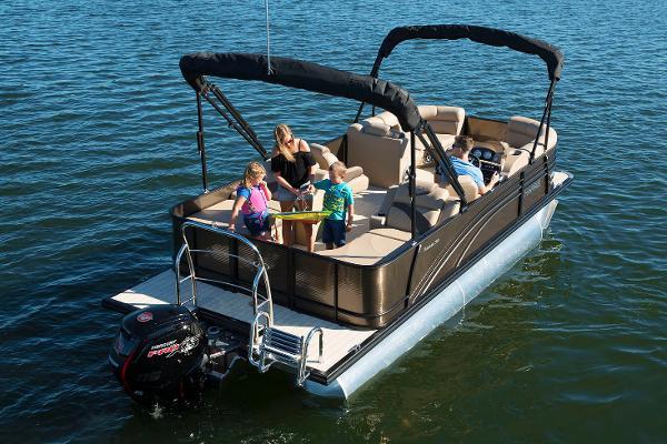 Marinemax pensacola at bahia mar boats for sale for Pensacola party boat fishing