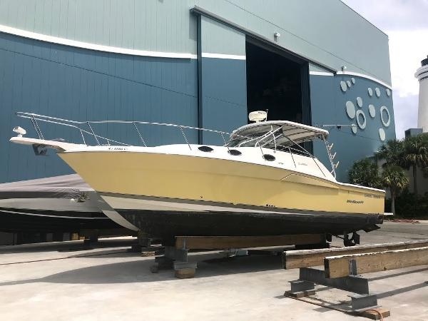 Wellcraft Coastal 330