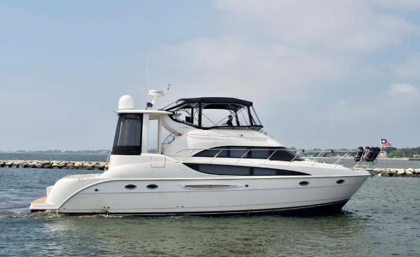 Meridian 459 Motoryacht Profile