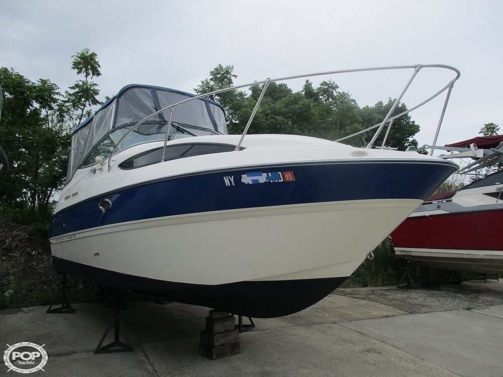 Bayliner CIERA 245 2006 Bayliner Cierra 245 for sale in Tonawanda, NY