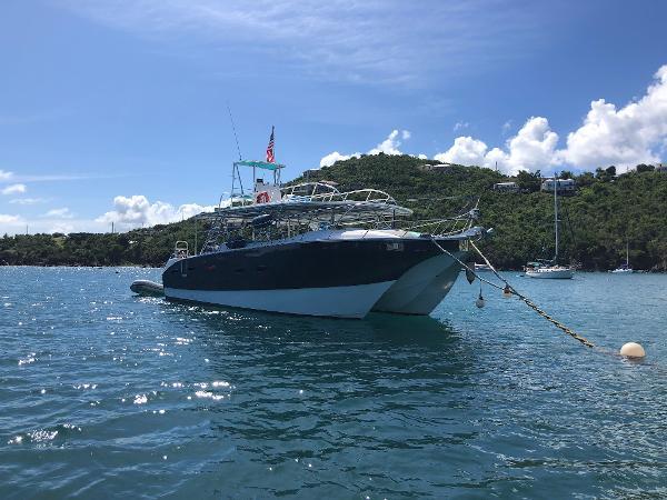 Naval Yachts DiveCat