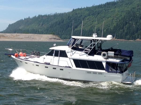 Bayliner 4588 Motoryacht River Dancer