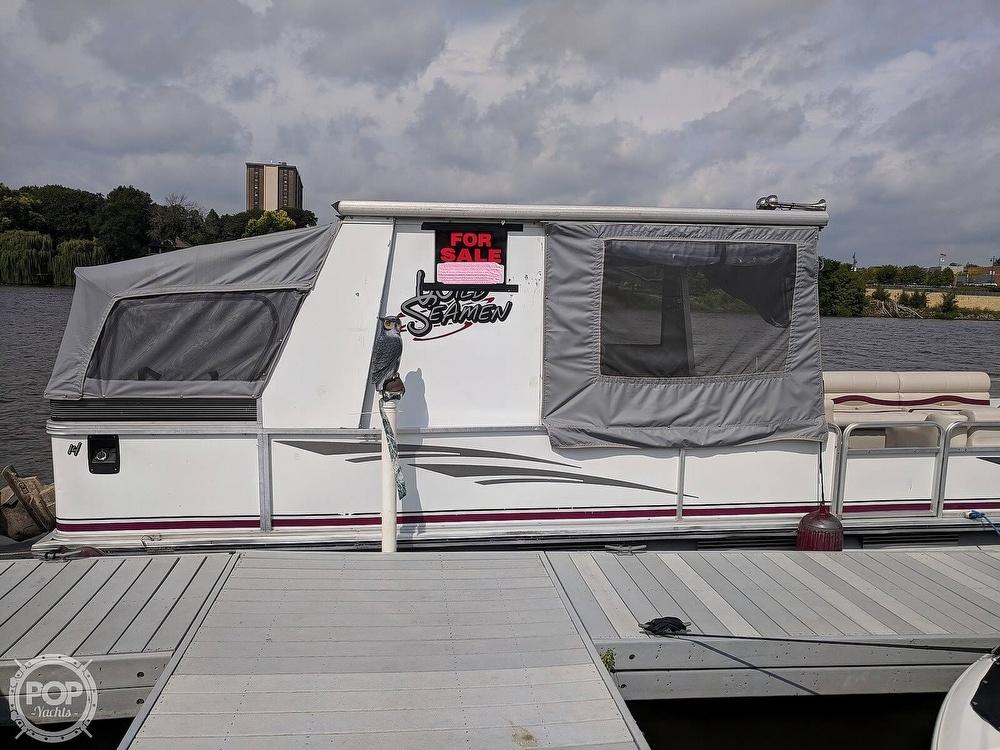 Sun Tracker 30 Party Hut 1997 Sun Tracker Party Hut 30 for sale in Rockford, IL