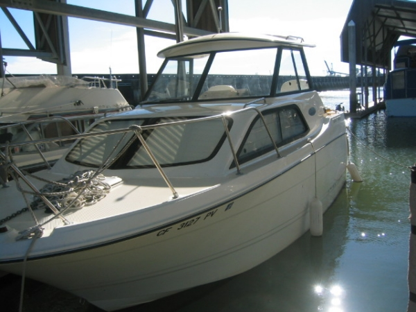 Bayliner 2452 Classic Photo 1