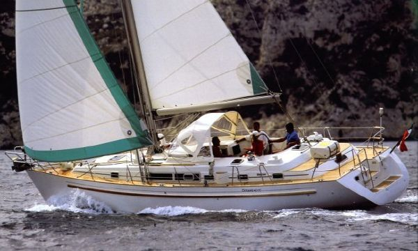 Beneteau Oceanis 40 CC Beneteau Oceanis 40CC brochure photograph