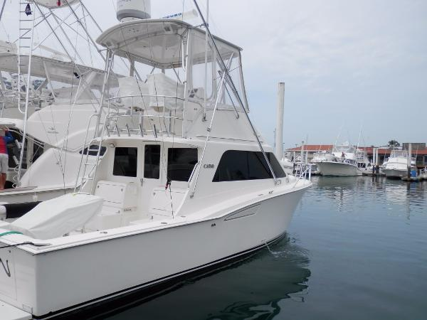 Cabo Rico 35 Flybridge Sportfisher