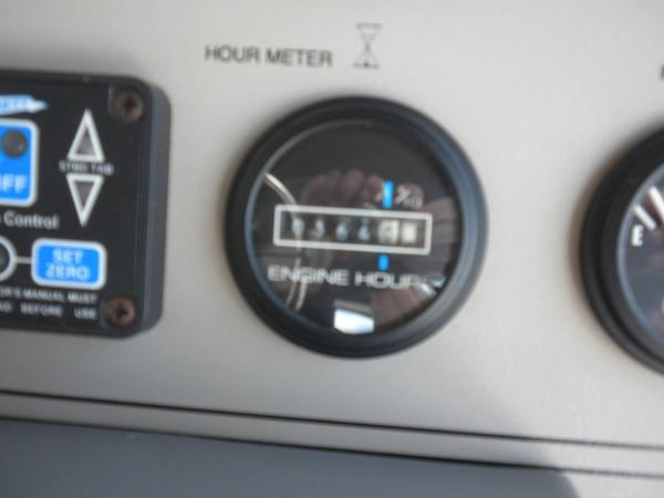 Port hour meter 364 Hours