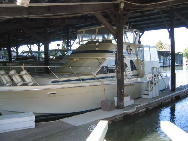 Chris-Craft 480 Catalina Yacht Fisher Photo 1