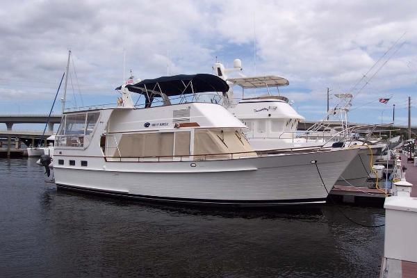 Island Gypsy Aft Cabin Motoryacht Profile