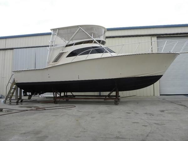Delta Boats 36SFX Sport Fisherman Profile