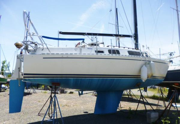 "Freedom Yachts 29 ""Seabreeze"""