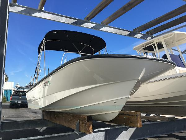 Boston Whaler 190 Montauk