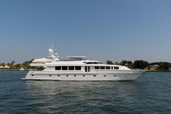 Intermarine Motor Yacht Savannah