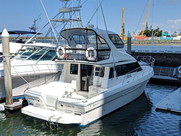 Steber International 43 Flybridge