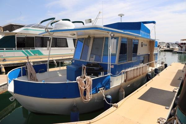 River Queen Houseboat