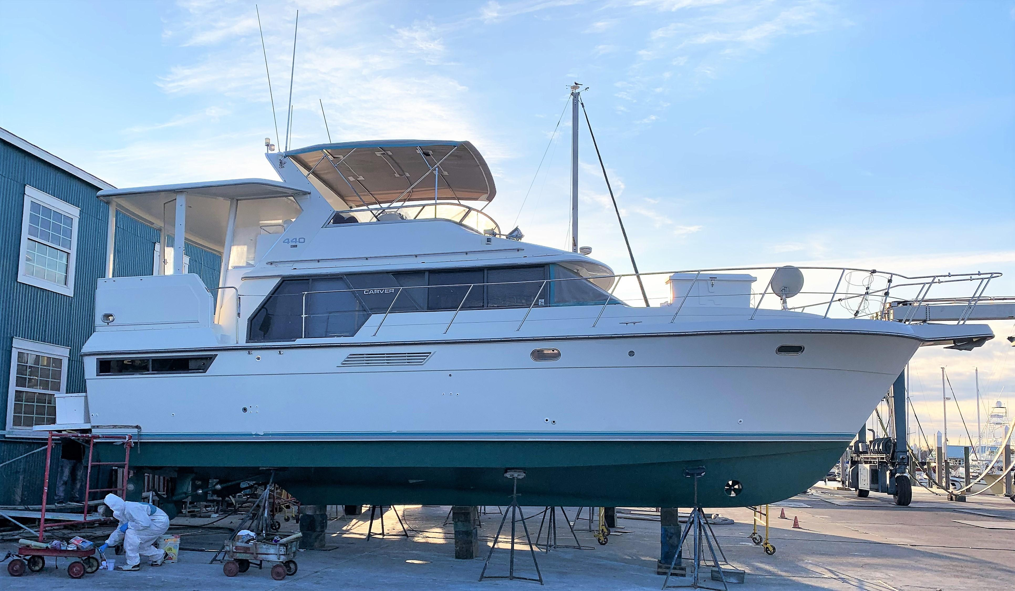 1995 Carver 440 Aft Cabin Motor Yacht, Kemah Texas - boats com