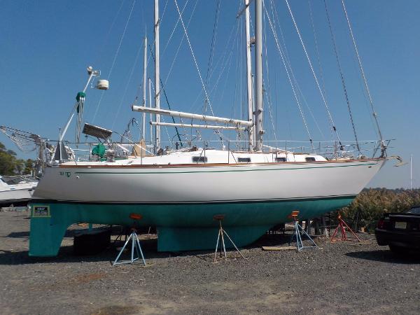 Tartan 37C Sloop