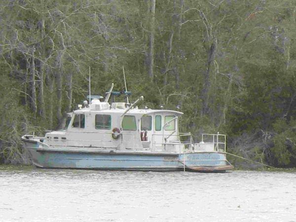 Steel/Aluminum Crew Boat Twin Screw