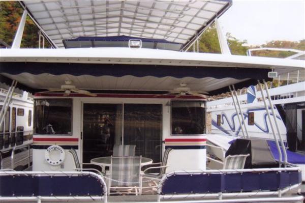 Paradise Yachts