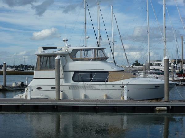 Carver 456 Aft Cabin Motoryacht