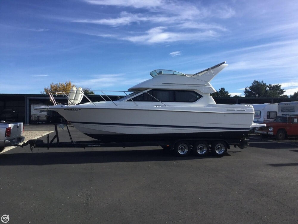 Bayliner 2858 Ciera Command Bridge 1999 Bayliner 32 for sale in Boise, ID