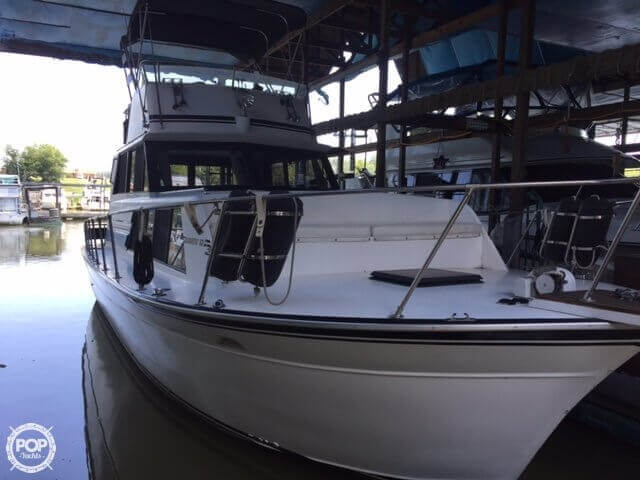 Marinette Marinette Express - 32 1987 Marinette 32 for sale in Franklin Furnace, OH