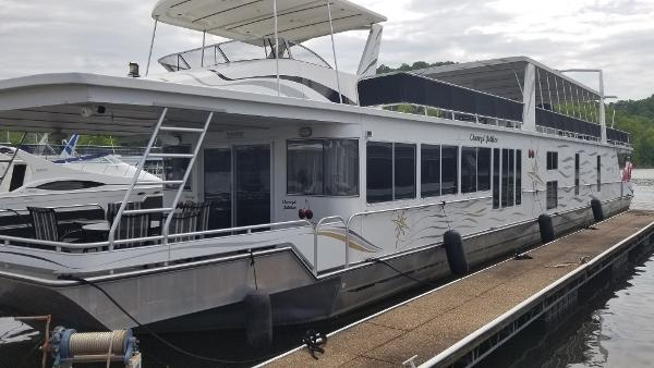 Fantasy Houseboat 19x100