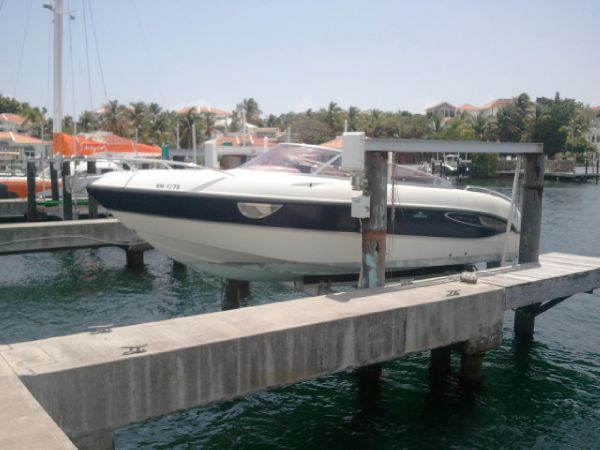 Cranchi 28 Great hull