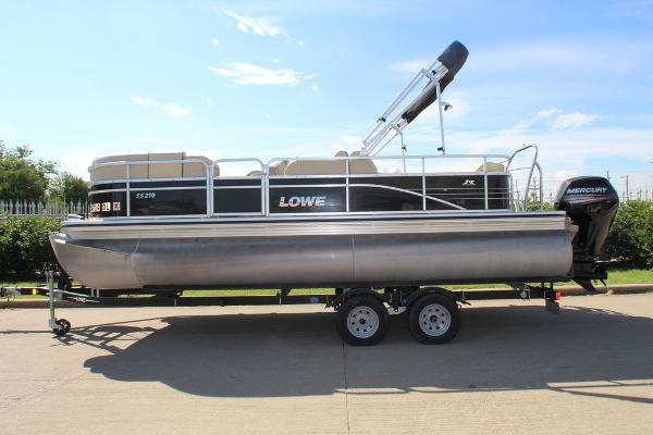 Lowe Ss 210
