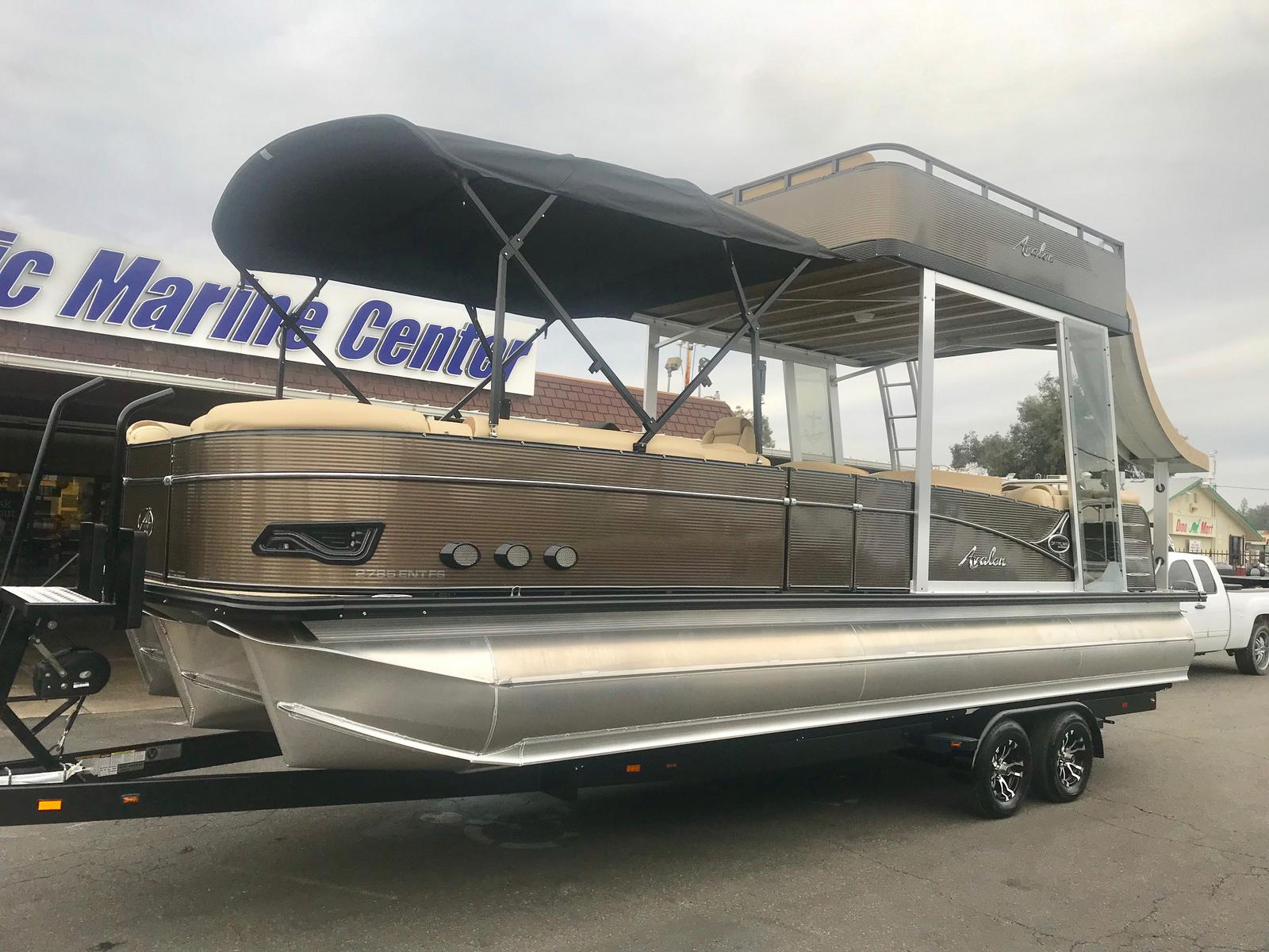Avalon Catalina Platinum Entertainer Funship w/ 250 HP Mercury Verado!