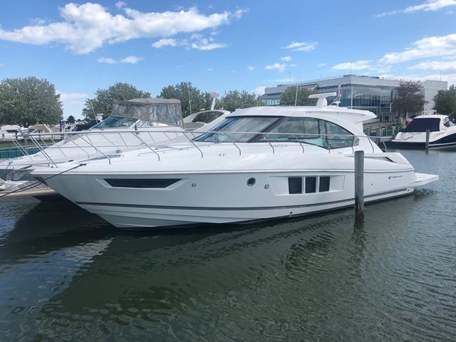 Cruisers Yachts CANTIUS 45 CANTIUS