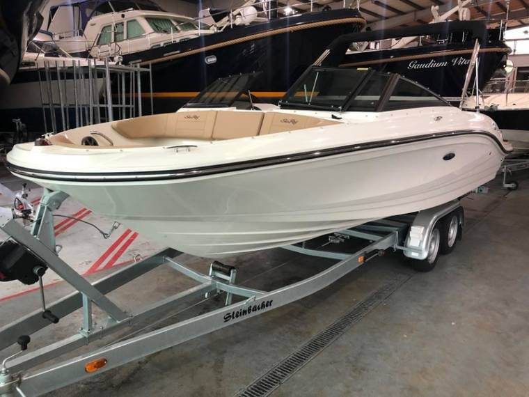 Sea Ray Sea Ray 210 SPX NEU Motorboot