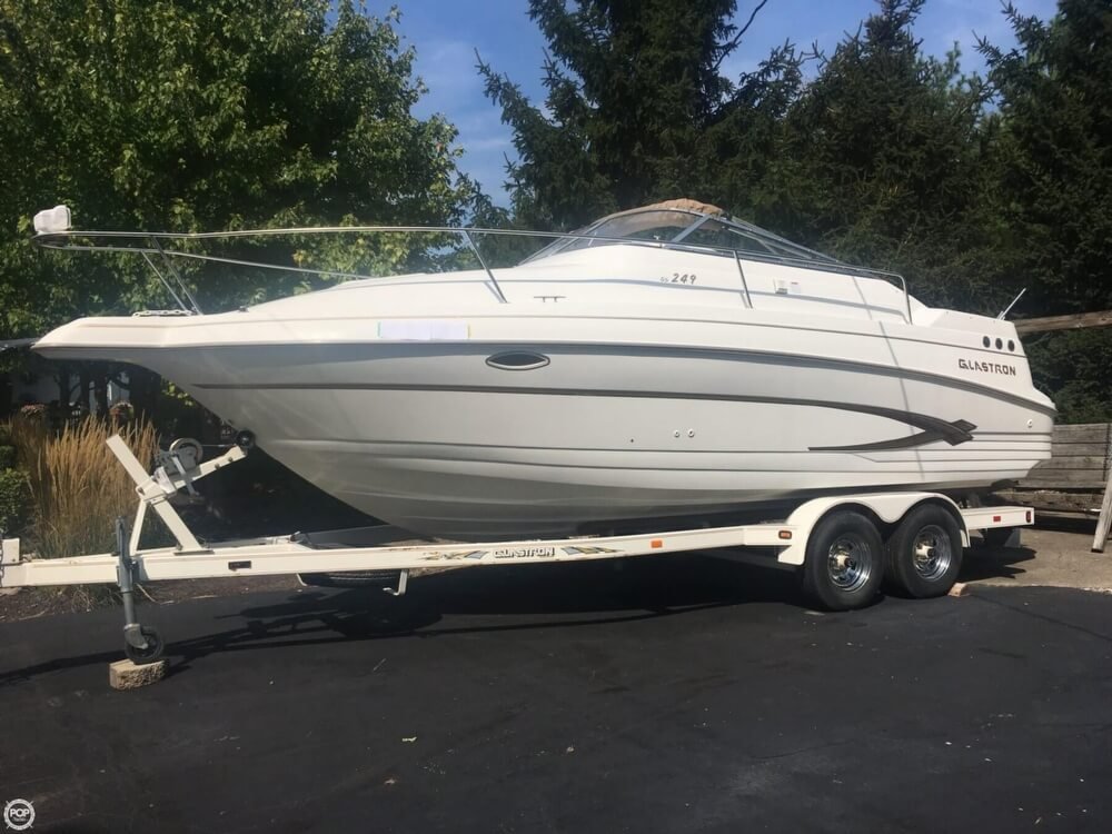 Glastron GS 249 2003 Glastron GS249 for sale in Indianapolis, IN