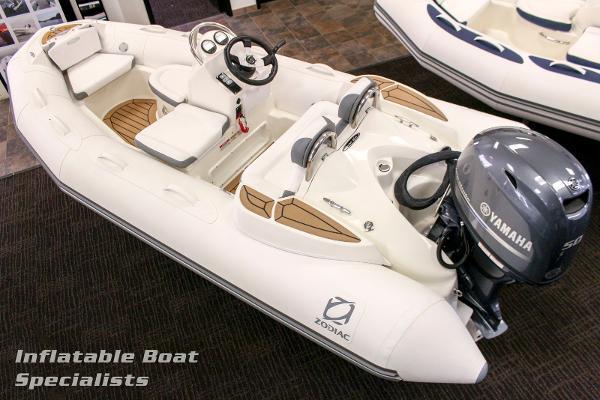 Zodiac Yachtline 400